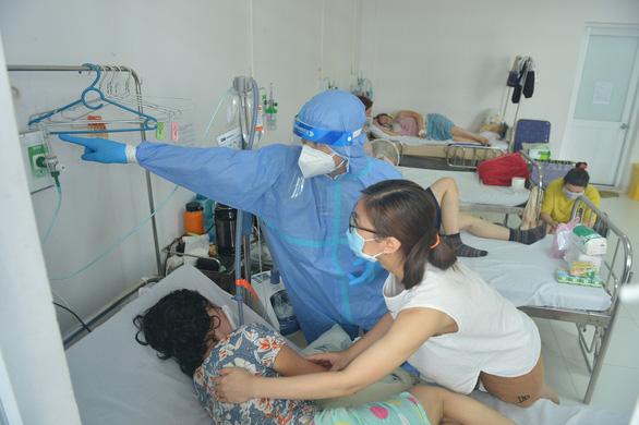 Tin sáng 20-8: Thêm hơn 1,2 triệu liều vắc xin về tới Việt Nam, lập mô hình trạm y tế lưu động - Ảnh 1.