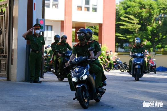Bí thư Đà Nẵng: Xử nghiêm vi phạm phòng chống dịch, kể cả cơ quan nhà nước - Ảnh 5.