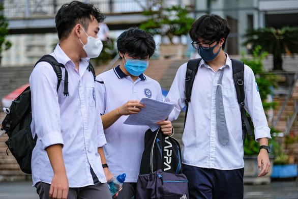 Bộ GD-ĐT tăng thêm thời gian điều chỉnh nguyện vọng cho thí sinh xét tuyển đại học - Ảnh 1.