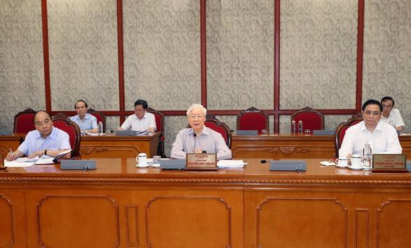 Tổng bí thư Nguyễn Phú Trọng gọi điện hỏi thăm, chỉ đạo TP.HCM chống dịch - Ảnh 1.
