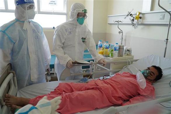 Cứu bệnh nhân COVID-19 nguy kịch nhờ trang fanpage Bệnh viện Chợ Rẫy - Ảnh 1.