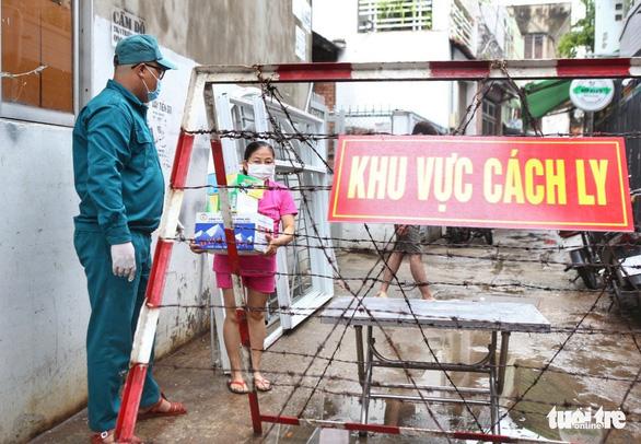 F0 trong cộng đồng đang tăng mạnh tại quận 8, quận 3, quận 1, Bình Tân, Tân Phú - Ảnh 1.