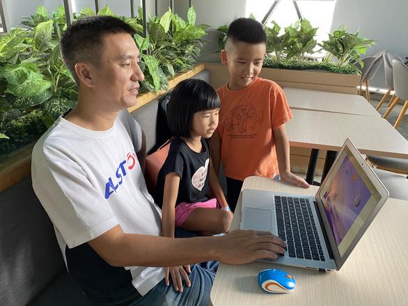 Học lập trình cùng con - Ảnh 1.