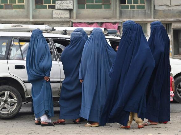 Hé lộ tổng thống, thể chế chính trị theo luật Hồi giáo Sharia khi Taliban nắm quyền - Ảnh 1.