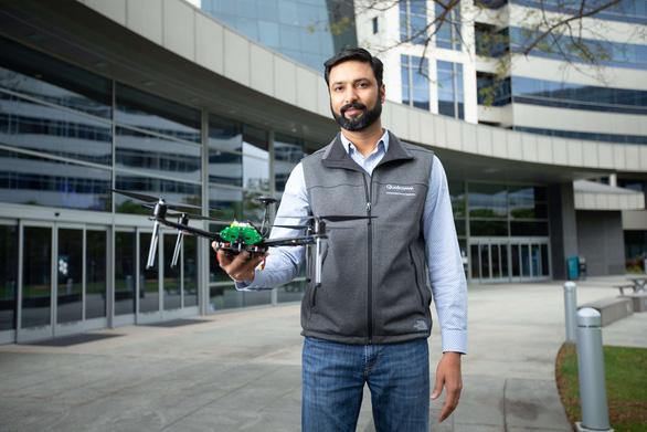 Drone được hỗ trợ AI và 5G đầu tiên trên thế giới - Ảnh 1.