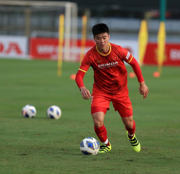 Tuyển Việt Nam trước vòng loại cuối cùng World Cup 2022: Ông Park thử nghiệm những gì? - Ảnh 1.
