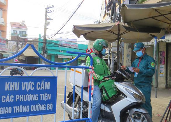 TP Nha Trang cho cư dân vùng xanh được tập thể dục ngoài trời - Ảnh 1.