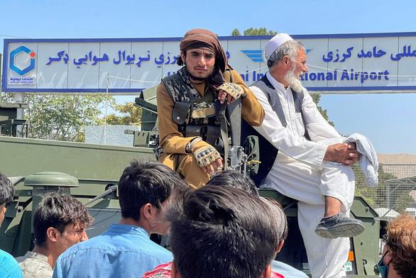 Facebook vẫn xem Taliban là 'nhóm khủng bố', quyết định tiếp tục cấm cửa - Ảnh 1.