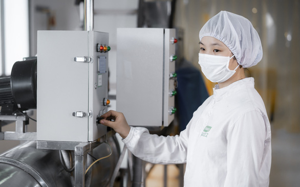 Bình Dương: Nỗ lực duy trì sản xuất, giữ vững 'vùng xanh' doanh nghiệp - Ảnh 1.