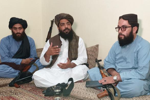 Hé lộ tổng thống, thể chế chính trị theo luật Hồi giáo Sharia khi Taliban nắm quyền - Ảnh 2.