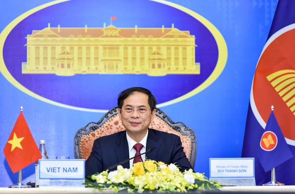 ASEAN bàn về tự cường vắc xin COVID-19, Biển Đông, Myanmar - Ảnh 1.