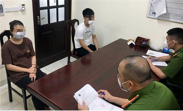 Thuê xe cứu thương từ Nghệ An thông chốt vào Hà Nội để làm thủ tục du học Hàn Quốc - Ảnh 1.