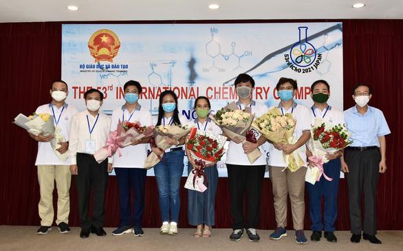 Học sinh Việt Nam giành 3 huy chương vàng Olympic hóa học quốc tế 2021 - Ảnh 1.