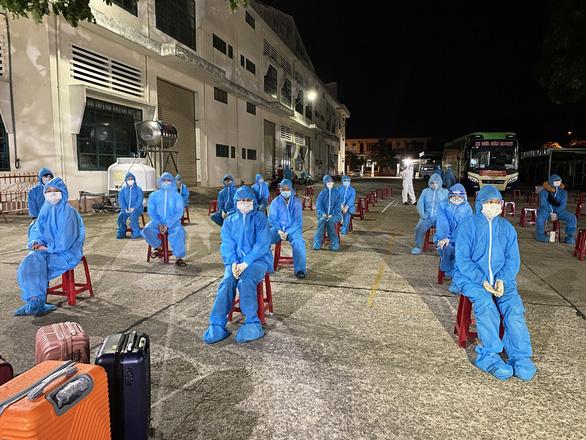 10 người từ TP.HCM về quê Quảng Nam nhiễm COVID-19 - Ảnh 1.