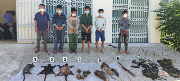6 linh trưởng nghi là voọc chà vá chân nâu bị giết hại dã man giữa rừng - Ảnh 1.
