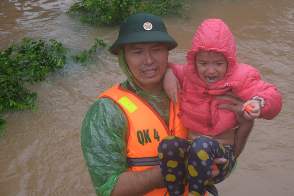 Khoảng 1 tỉ trẻ em đối mặt nguy cơ cực kỳ cao trước khủng hoảng khí hậu - Ảnh 1.