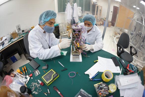Vệ tinh NanoDragon made in Trung tâm Vũ trụ Việt Nam sẽ được phóng ngày 1-10 - Ảnh 1.