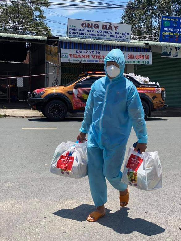 Bệnh nhân F0 ở Tây Ninh được hỗ trợ dinh dưỡng thêm 20.000 đồng/ngày - Ảnh 1.
