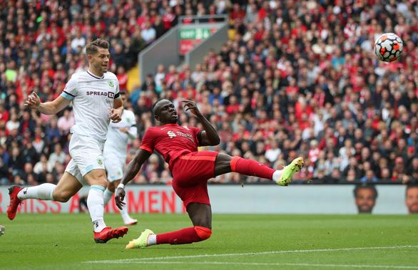 Mane và Jota lập công, Liverpool thắng trận thứ hai liên tiếp - Ảnh 2.