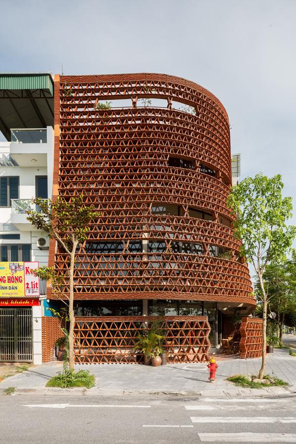 Nhà hang gạch và Không gian ngói của kiến trúc sư Đoàn Thanh Hà dự triển lãm Seoul - Ảnh 3.