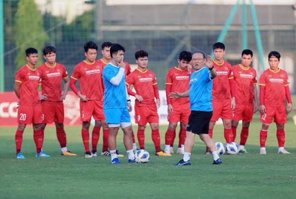 VFF phải trả 350 triệu đồng thuê sân Mỹ Đình không khán giả cho trận Việt Nam - Úc - Ảnh 1.