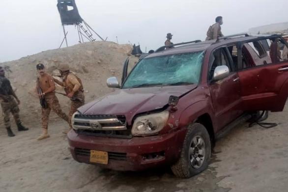 Trung Quốc lên án vụ đánh bom khủng bố công dân nước này ở Pakistan - Ảnh 1.