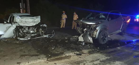 Chánh văn phòng huyện ủy tử vong trong vụ xe con đấu đầu xe bán tải - Ảnh 1.