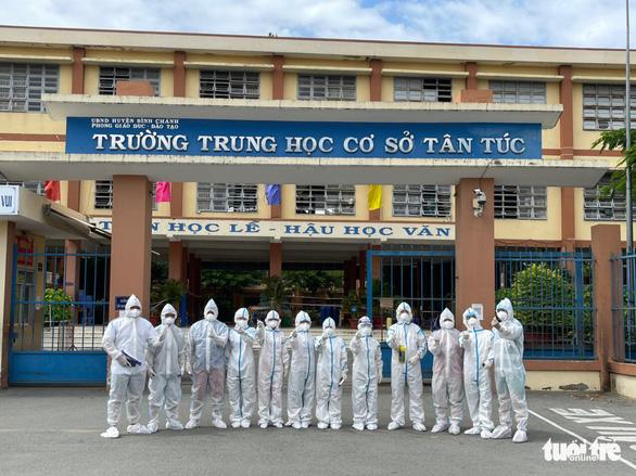 Thêm gần 3.000 nhân lực y tế chi viện cho TP.HCM và 3 tỉnh - Ảnh 1.