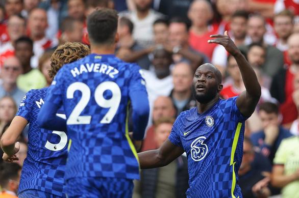 Tân binh Lukaku 'nổ súng', Chelsea thắng thuyết phục Arsenal - Ảnh 1.