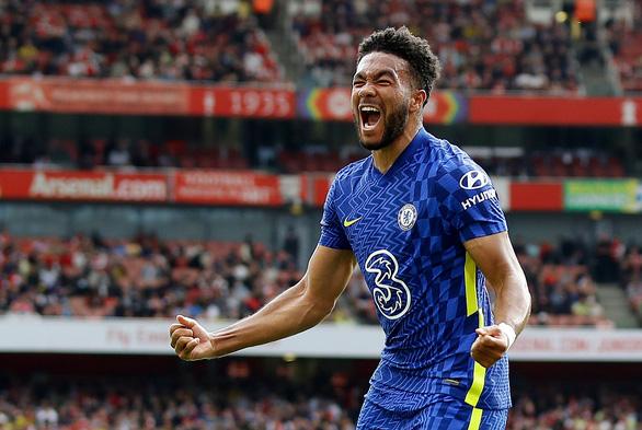 Tân binh Lukaku 'nổ súng', Chelsea thắng thuyết phục Arsenal - Ảnh 2.