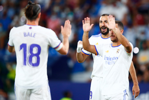 Gareth Bale ghi bàn đầu tiên sau 2 năm, Real Madrid vẫn bị chia điểm - Ảnh 1.