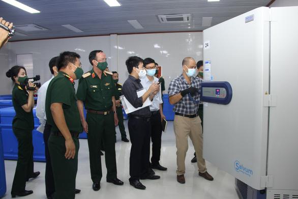 Kho lạnh bảo quản vắc xin ngừa COVID-19 của Quân khu 5 đã sẵn sàng - Ảnh 2.
