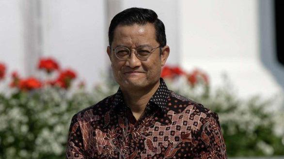 وزیر اندونزی با صرف پول برای کمک به بیماری کووید -19 ، تقویم 12 ساله را حذف کرد-عکس 2.