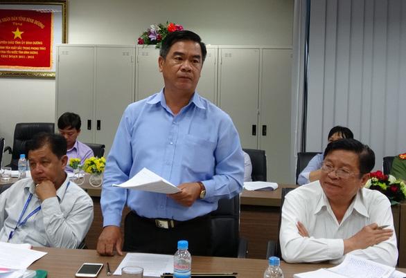 Bình Dương kỷ luật bí thư, chủ tịch Tân Uyên vì chống dịch không hiệu quả - Ảnh 1.