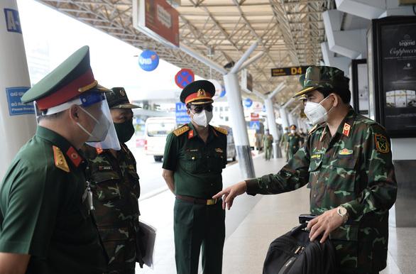 Thêm 1.100 bác sĩ, điều dưỡng, học viên Học viện quân y đến TP.HCM chống dịch - Ảnh 2.
