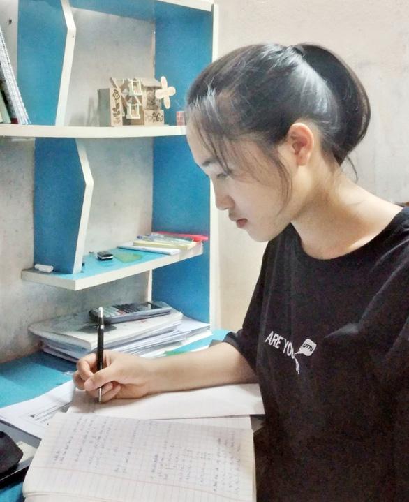 Nữ sinh đạt 27,65 điểm trúng tuyển ngành An ninh mạng chuẩn CMU của ĐH Duy Tân - Ảnh 2.