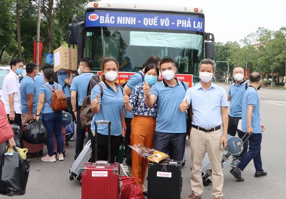 2 đoàn y bác sĩ Bắc Ninh, Tuyên Quang tiếp tục vào hỗ trợ TP.HCM chống dịch - Ảnh 1.