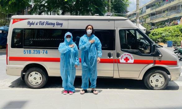 Việt Hương tiếp tục mua xe chở oxy hỗ trợ người dân - Ảnh 2.