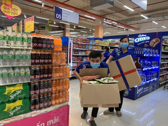 Sau khi bị phản ánh bán giá cao, nhiều siêu thị sẽ tính toán lại combo hàng - Ảnh 2.