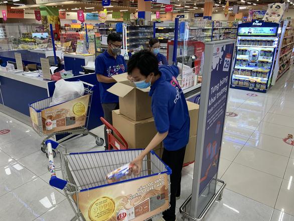 Sau khi bị phản ánh bán giá cao, nhiều siêu thị sẽ tính toán lại combo hàng - Ảnh 1.