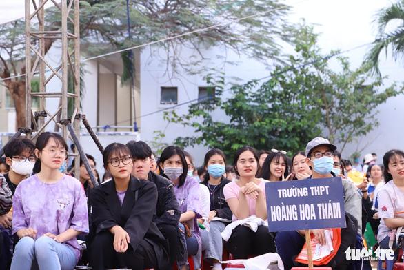 Đại học Đà Nẵng công bố điểm sàn xét tuyển theo kết quả thi THPT - Ảnh 1.