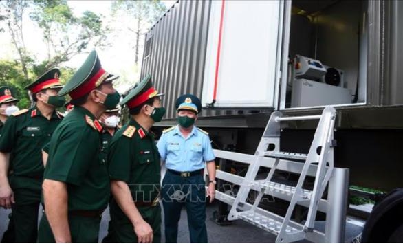Quân đội triển khai trạm sản xuất oxy lưu động sẵn sàng hỗ trợ TP.HCM - Ảnh 1.