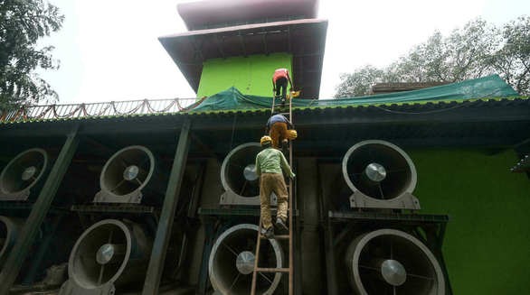 Ấn Độ làm tháp khổng lồ lọc không khí, bị chê lãng phí - Ảnh 1.