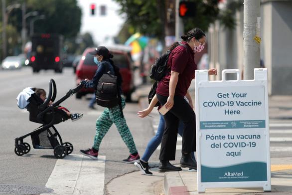 CDC: Ca nhiễm đột phá tăng tại Mỹ - Ảnh 1.