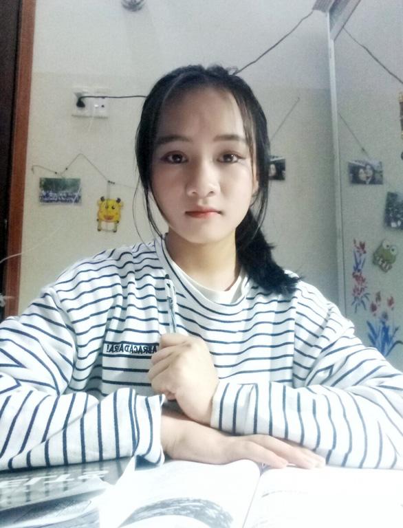 Nữ sinh đạt 27,8/30 điểm trúng tuyển ngành Quản trị Tài chính của ĐH Duy Tân - Ảnh 1.