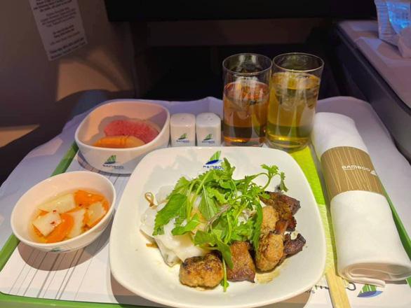 Ấn tượng Bamboo Airways trong lòng hành khách sở hữu vạn dặm bay - Ảnh 1.