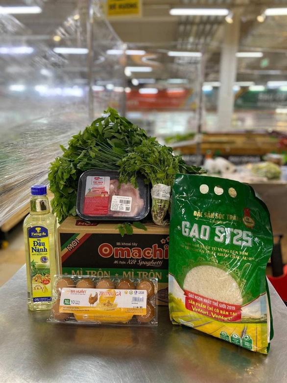 Thủ tướng Chính phủ: Cần phối hợp chặt chẽ với siêu thị để cung ứng hàng hóa - Ảnh 2.