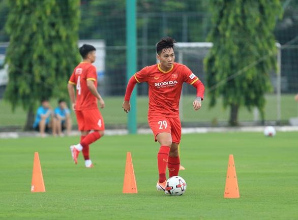 Tuyển Việt Nam trước vòng loại cuối cùng World Cup 2022: Làn gió mới trên hàng công - Ảnh 1.