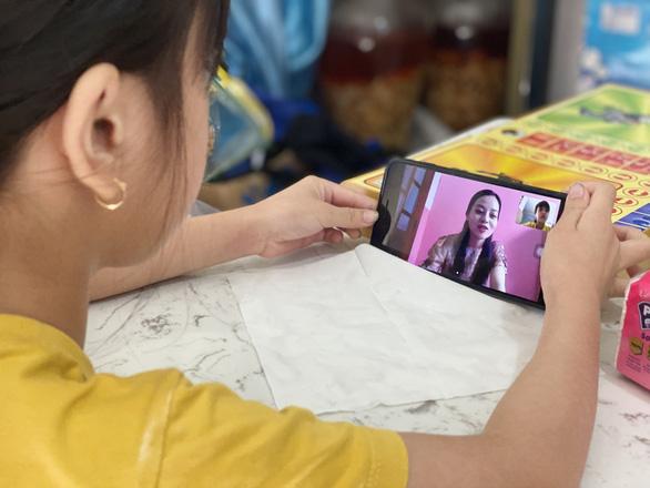 Đắk Lắk lo dạy trực tuyến không phủ sóng hết học sinh - Ảnh 3.
