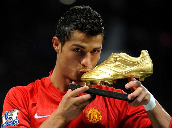Chính thức: Ronaldo trở lại Manchester United - Ảnh 1.